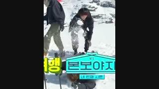 کوکی رو جیمین برف میریزه