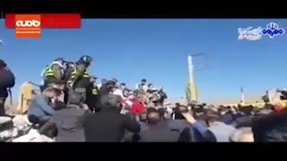 دلجویی سخنگوی دولت از آسیب دیدگان روستای ورنکش میانه به زبان آذری