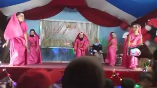 رقص  با حجاب و بی حجاب باهم